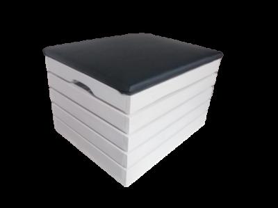 Pufa drewniana biała